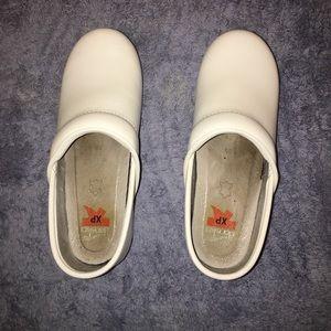 Dansko white XP clogs, size 35.